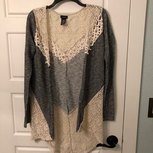 Lace, two-toned cardigan